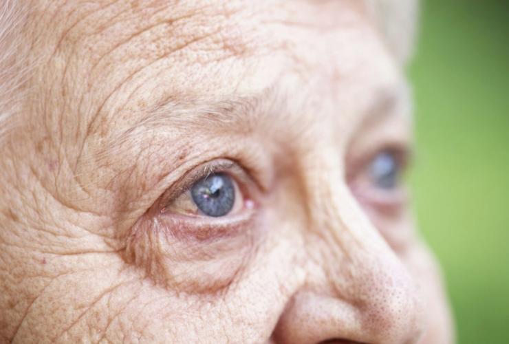 Болезни глаз у пожилых людей