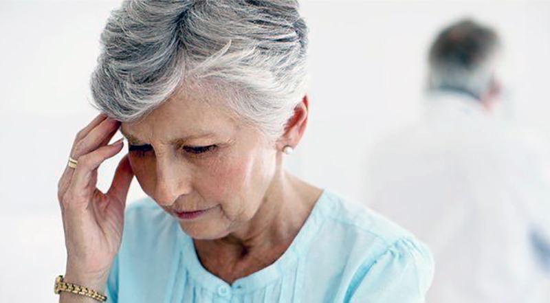Как проявляется старческий маразм: лечение и уход за пожилым человеком