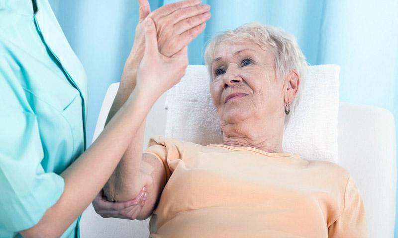 Реабилитация пожилых людей после атеросклероза: основные моменты и правила правильного ухода