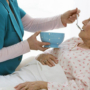 Уход за тяжелобольными пожилыми пациентами: как вернуть радость жизни
